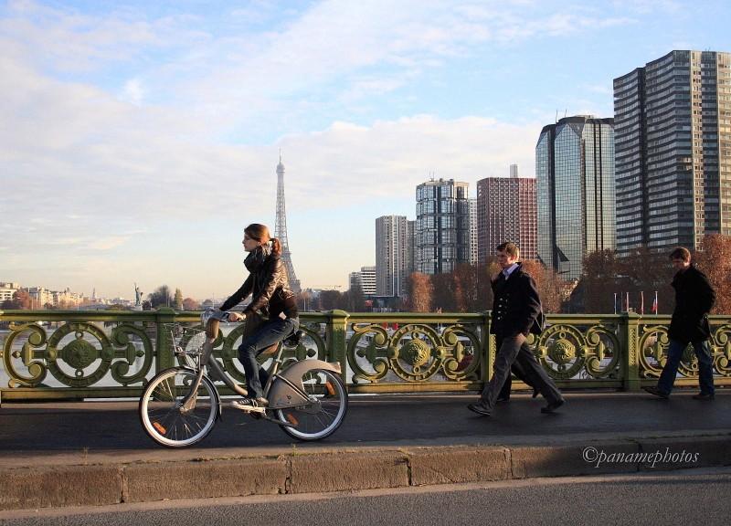 Un Vélib fait sont Grenelle un  jour de grève .