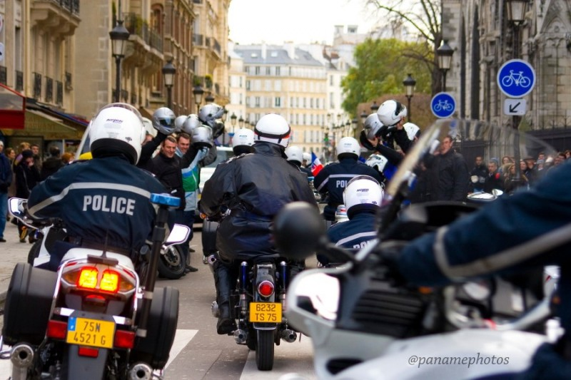 Le Garage  Motocycliste de la Police Nationnale
