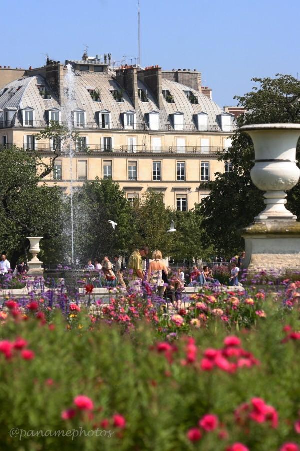 Un aprés Midi au Tuileries
