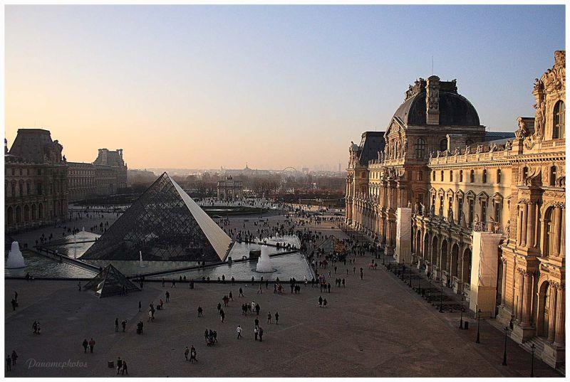 Fin de journée sur le Louvre