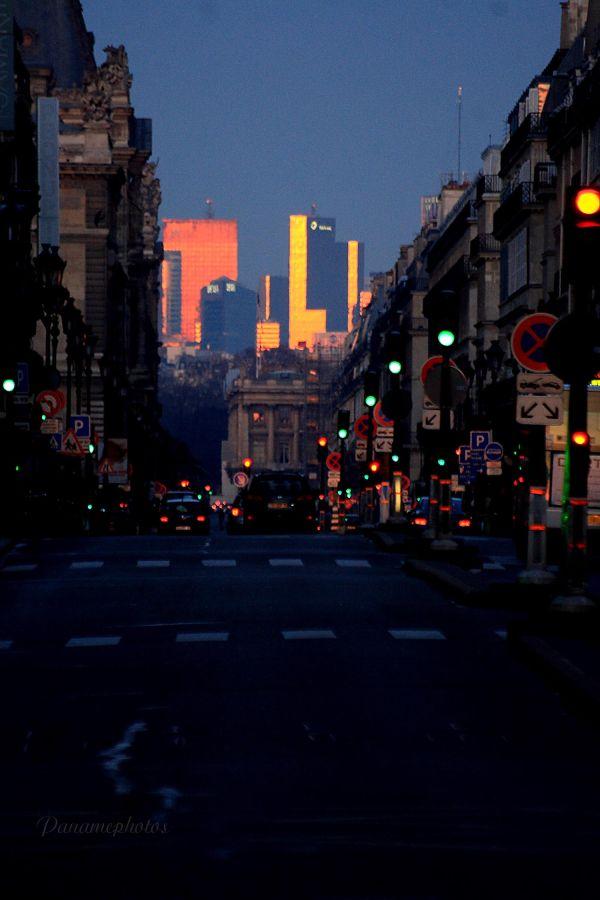Au Bout du Chemin La Lumiére !....