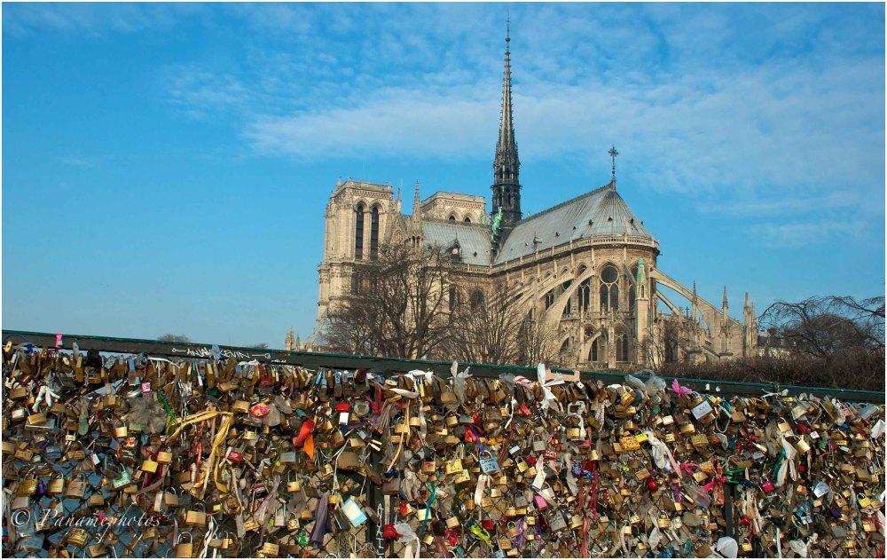 Les Cadenas De Notre Dame