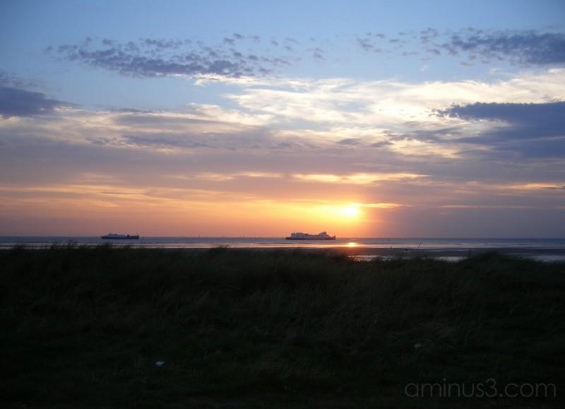 ship,sunset