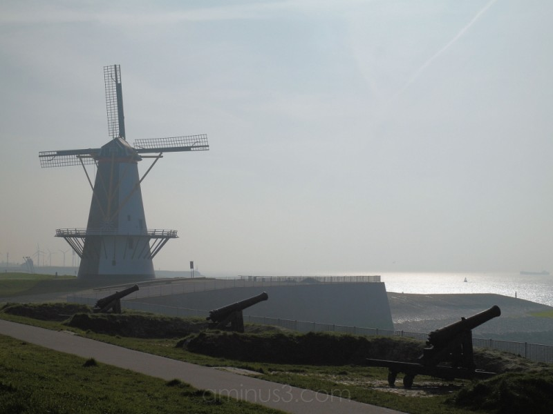 mill and canons