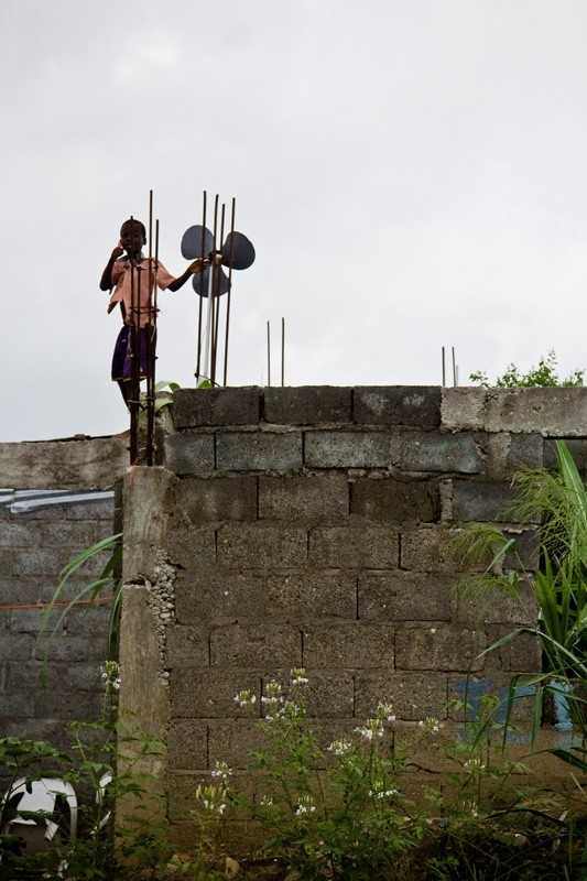 haitian boy on roof