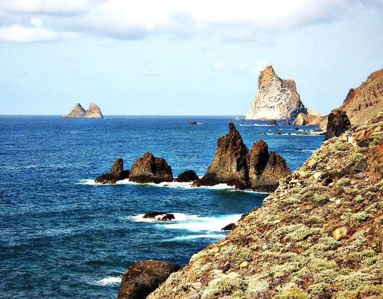Rocks in ocean rochers dans l'ocean