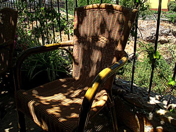 wicker seat, chaise en osier tenerife