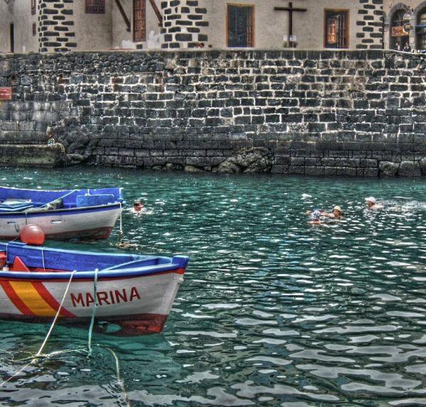 tenerife bathe people port bain personnes