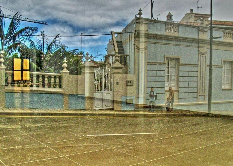 tenerife street house reflection reflet de rue