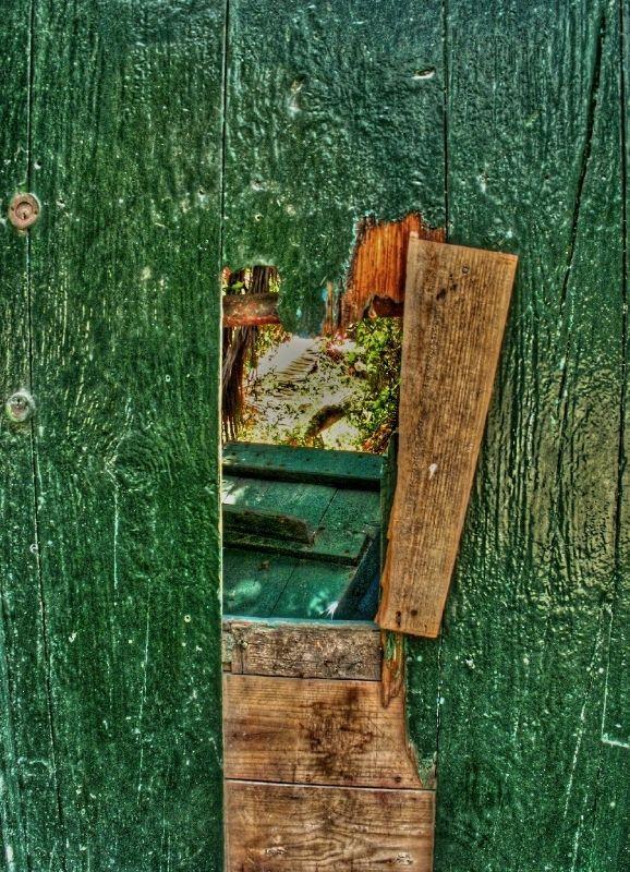 tenerife green door hole porte verte trou