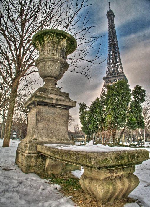 snow in Paris, neige à Paris tour Eiffel