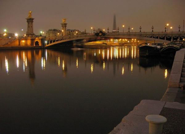 Paris ,bridge,pont alexandre,night,nuit,péniche