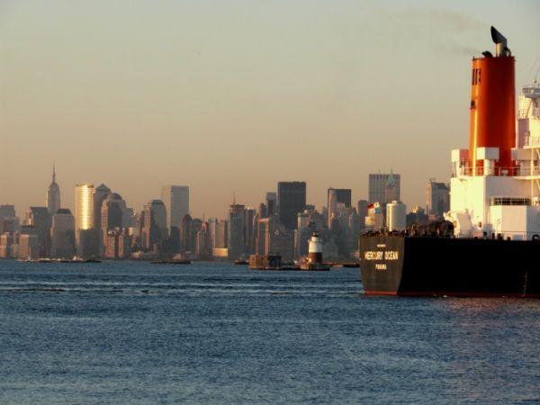 New York boat hudson river sunset