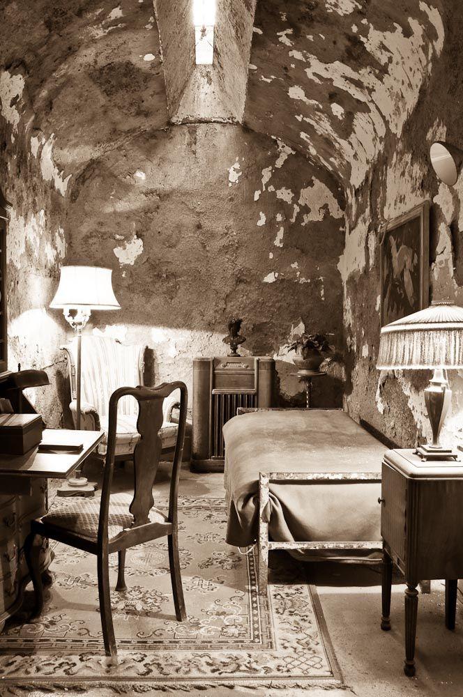 Al Capone really did sleep here!