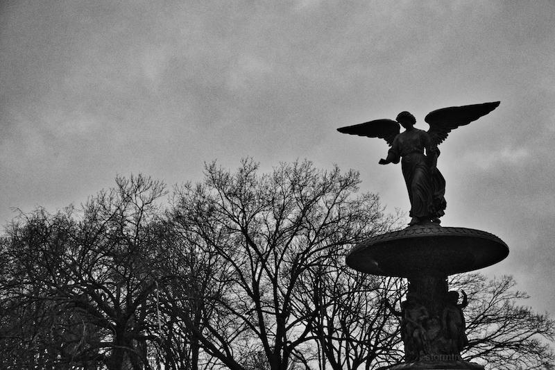 grim day bathesda fountain central park usa