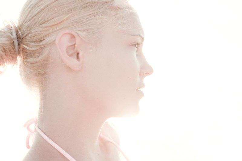 beach light face girl blond turkey backlit