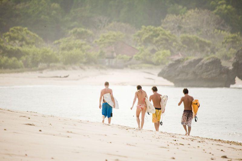 surfer, beach, pantai, sumbawa, waves, surfboard,