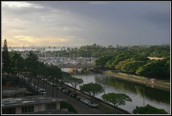 ala wai canal and the boatyard