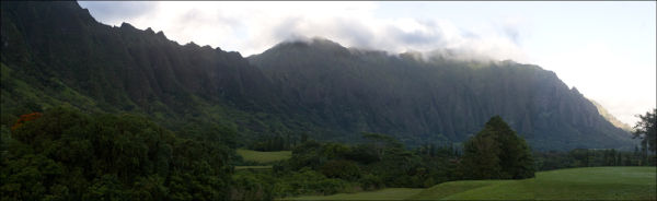 ko'olaue mountain range on oahu