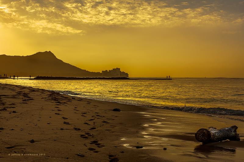 sunrise in waikiki I