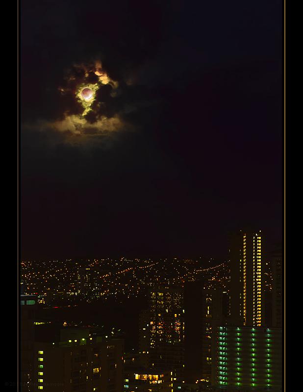 blood moon over honolulu