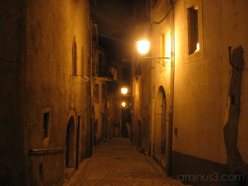 Small road of small village of Cusano Mutri