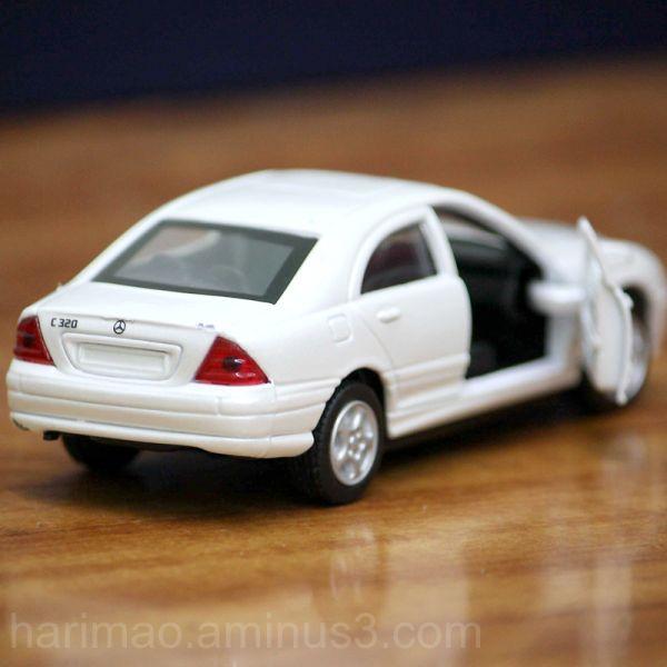 white mercedes benz c320