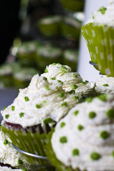 cupcakes wedding green