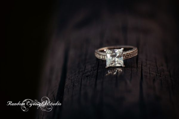 engagement ring macro