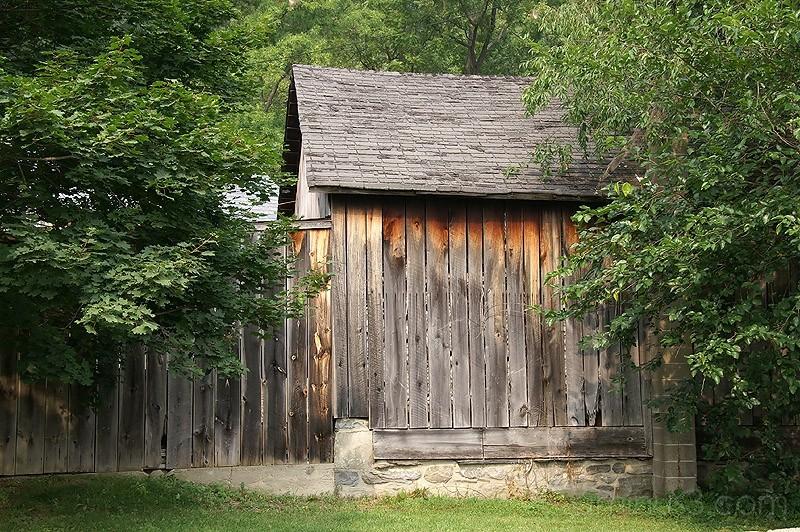 Shady Lane Barn