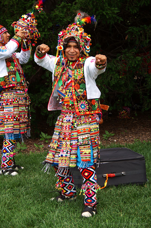 Bolivian Dance Troupe Tiataco (2)