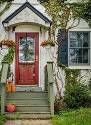 Attractive Entrance