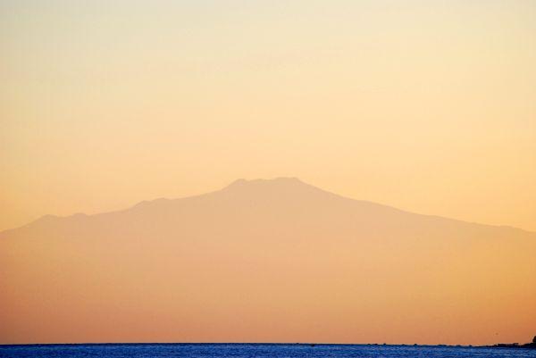 Etna as seen from Condofuri (Calabria, Italy)