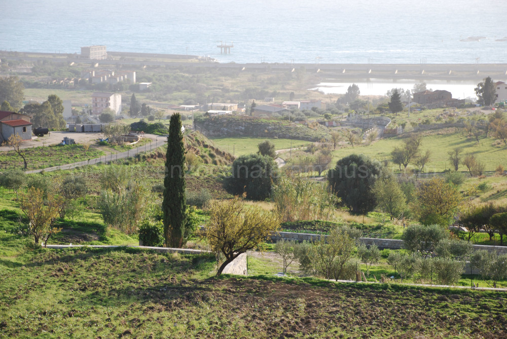 Industry in southern Italy. Is there a future?