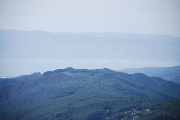A view of the Detroit of Messina from Aspromonte.