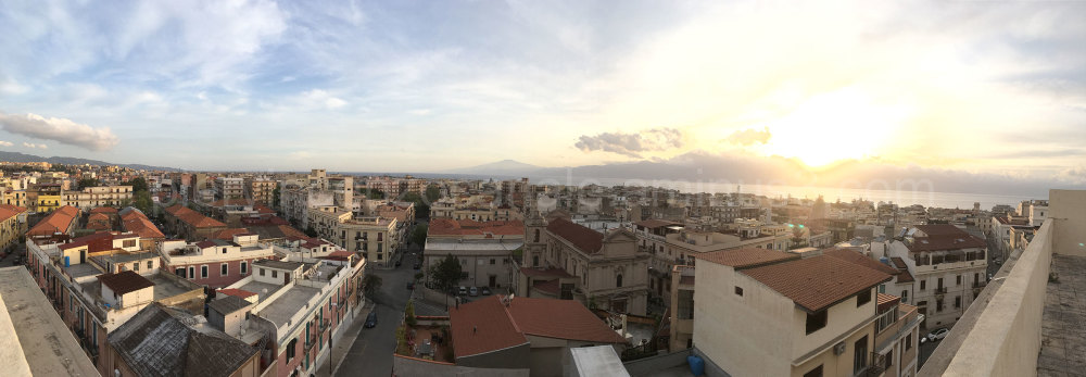 A wide view of Reggio Calabria, Italy.