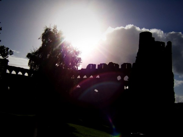 Silhouette of Swansea Castle