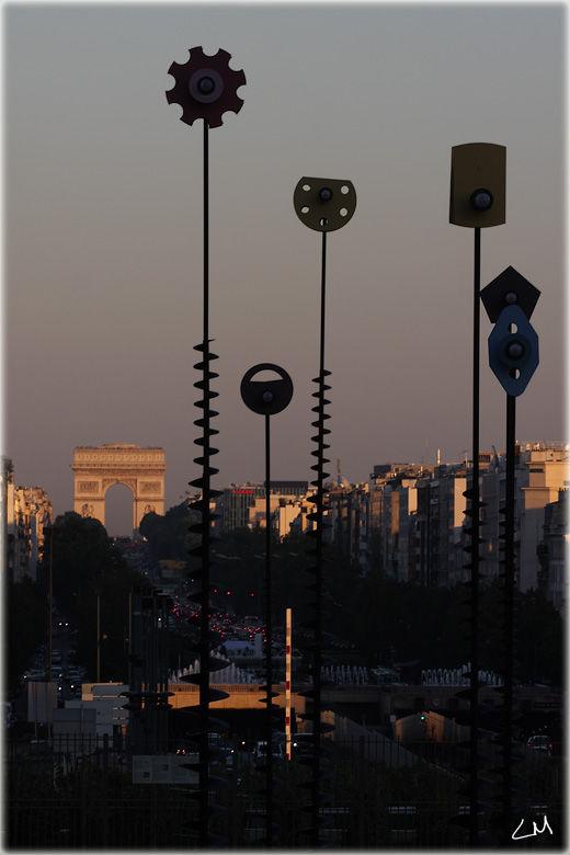 L'esplanade de la Défence à Paris