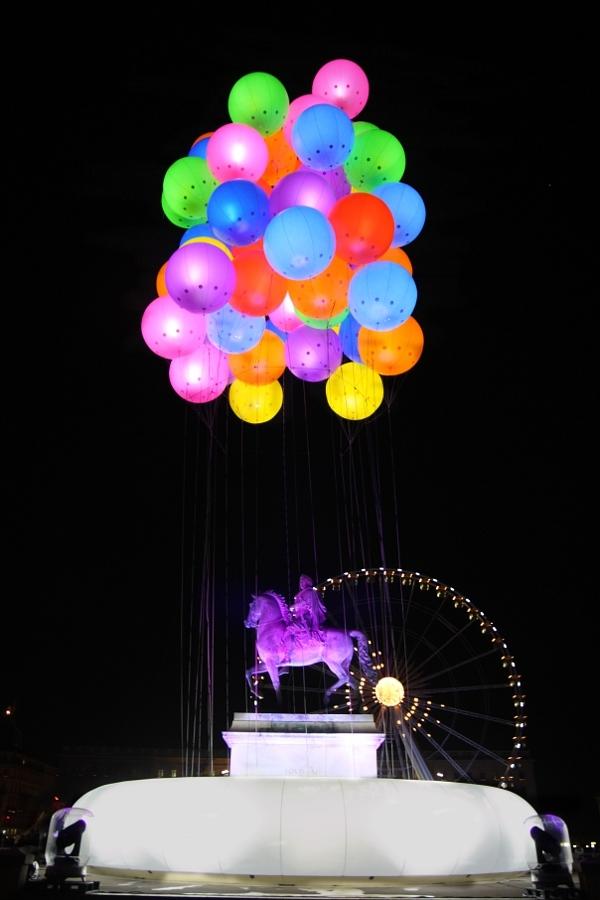 place bellecour pendant la fête des lumières lyon