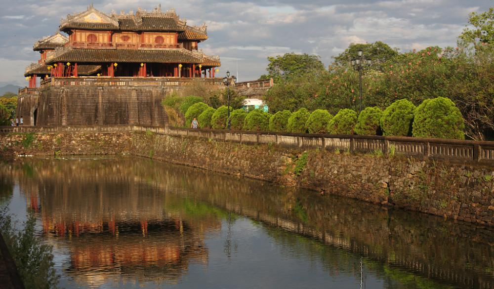 la porte du midi cité impériale de Hué