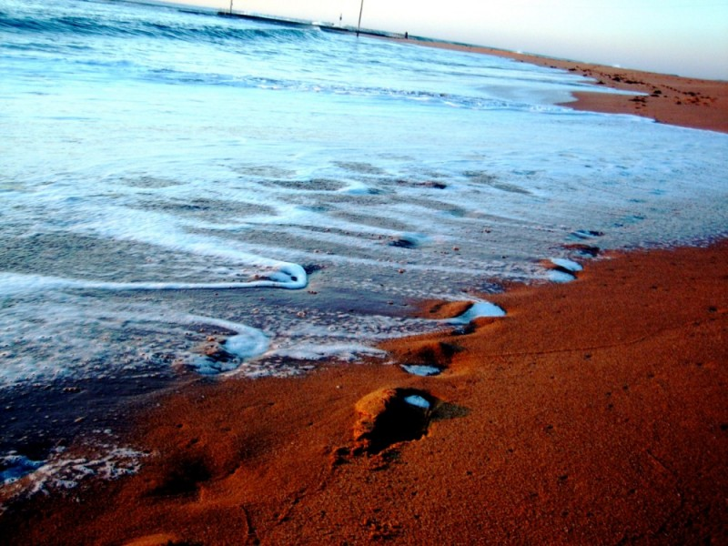 Early morning at Mona Vale Beach