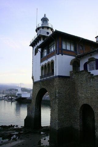 Faro de Getxo