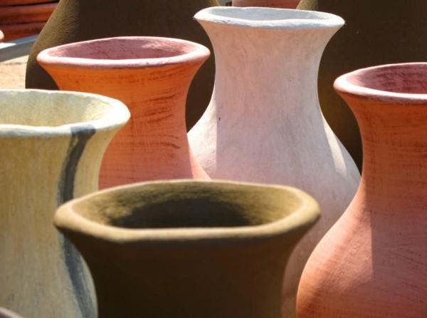 Colour clay pots