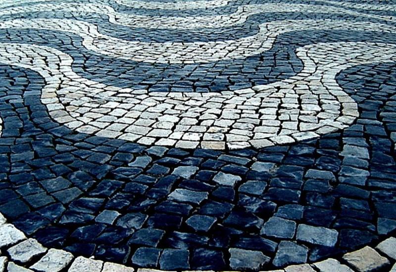 Portuguese pavement (Calçada Portuguesa)