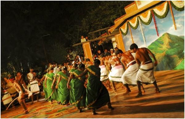 Folk Dances of India !