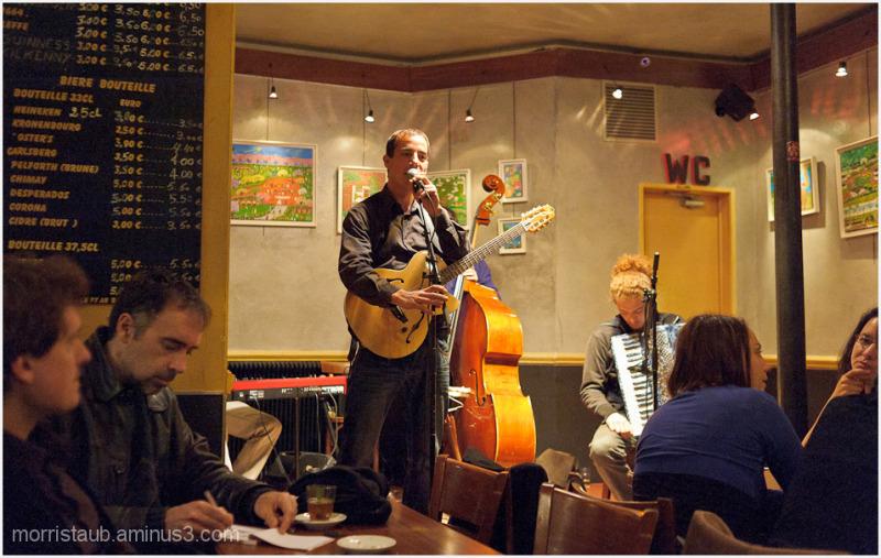 Arnold playing live at Lou Pascalou.