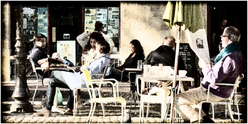 Street scene cafe.