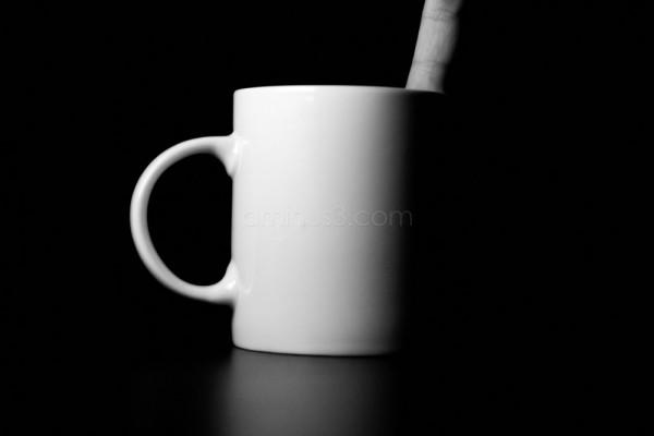 still_life cup finger