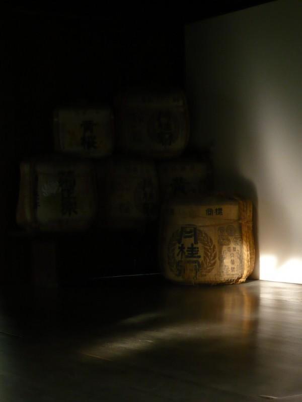 Symphony in White and Gray, Sake Barrels (本法寺)