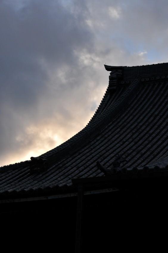 Sunset, Higashi Hongan-ji Temple (東本願寺)